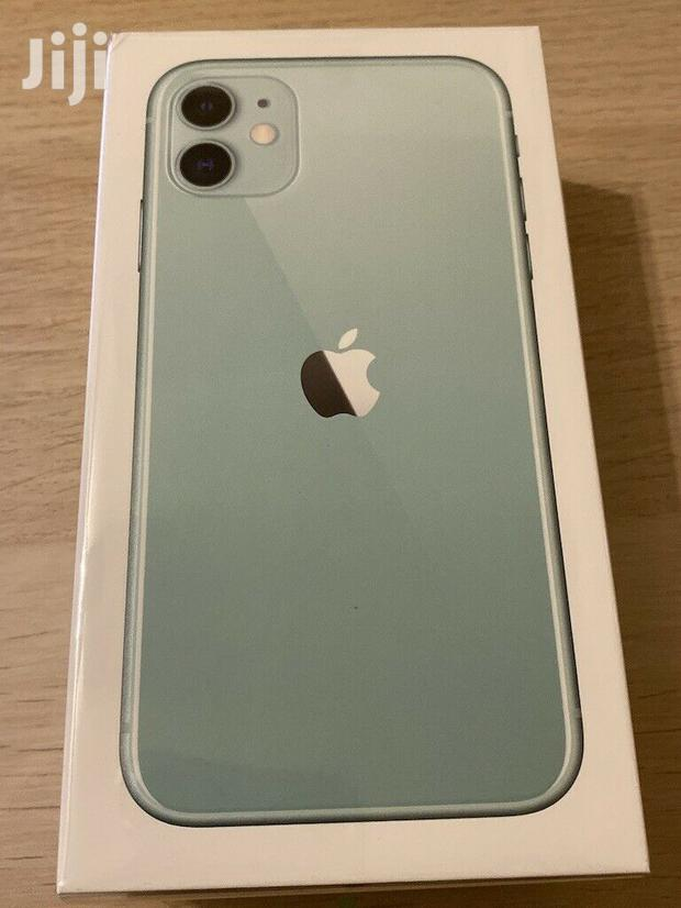 Archive: New Apple iPhone 11 64 GB Green