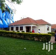 Naalya Modern Three Bedroom Standalone House for Ren at 1M | Houses & Apartments For Rent for sale in Central Region, Kampala