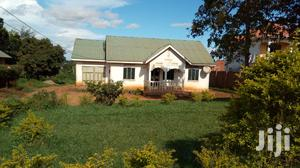 Quick Sale 3bedrooms in Mbalwa Estate on 100*100ft Plot at 180m