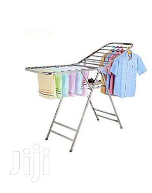 Portable Foldable Indoor And Outdoor Clothes Hanger