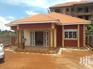 Mulawa Three Bedrooms House for Sale Kira With Ready Land Title
