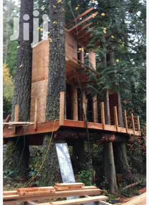 We Construct Wooden Tree Houses