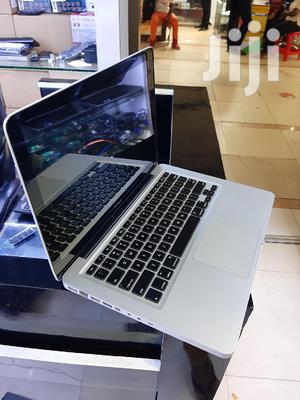 Laptop Apple MacBook 4GB Intel Core 2 Duo HDD 320GB