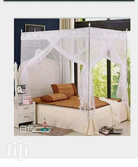 4*6 Mosquito Net With 4 Metallic Stands