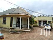 Kiwatule Two Bedroom Self Contained at 400k | Houses & Apartments For Rent for sale in Central Region, Kampala