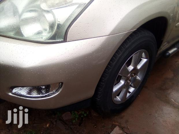 Archive: Toyota Harrier 2005 Silver