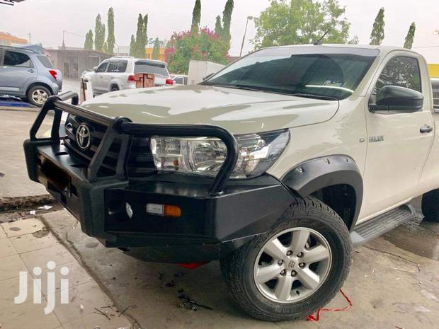 Bull Bar Fitted For Hilux
