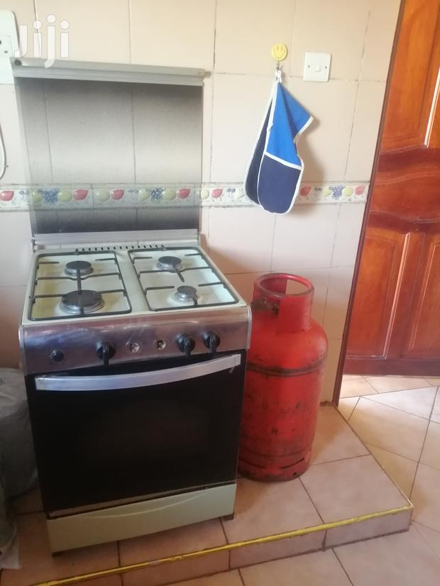 Archive: 4 Burner Gas Cooker With Oven And Cylinder