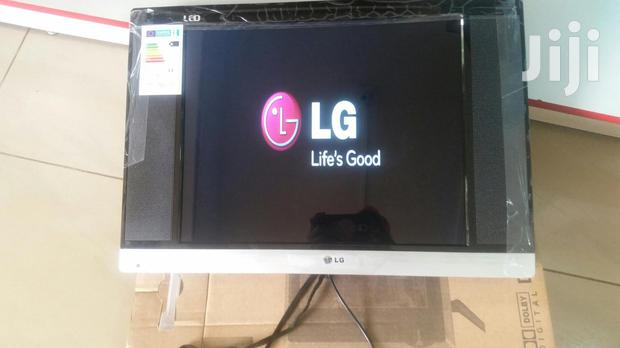 LG Flat Screen Tv 22 Inches