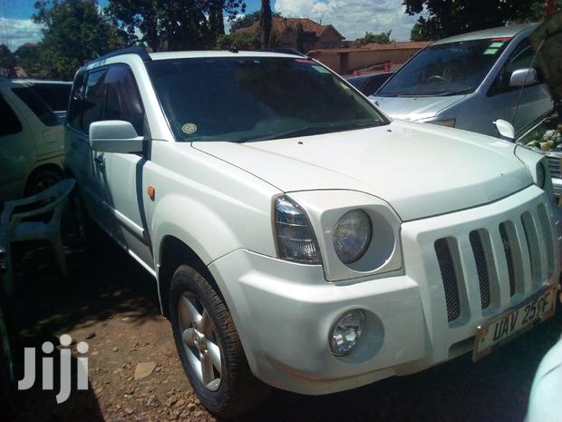 Archive: Nissan X-Trail 2005 2.0 Comfort White