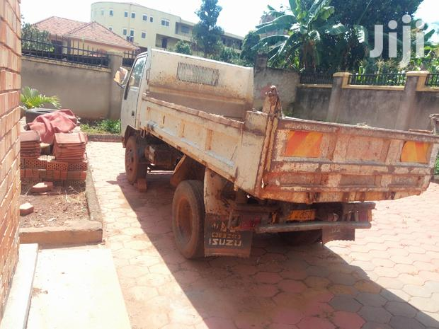 Archive: Used Canter With A Sound Engine,Usable Tyres...