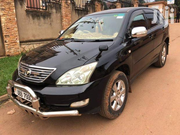 Archive: Toyota Harrier 2003 Black