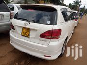 Toyota Ipsum 2002 240i Limited 4WD White | Cars for sale in Central Region, Kampala
