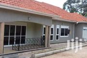 Kyaliwajala Three Bedroom House Is Available for Rent at 700k | Houses & Apartments For Rent for sale in Central Region, Kampala