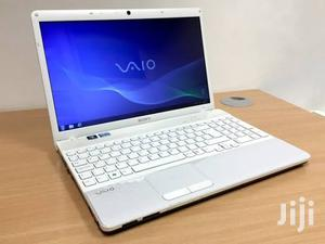 Laptop Sony VAIO 15E F15218SN 4GB Intel Core i3 HDD 250GB