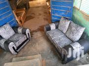 Exective Black And White 5sesters Sofa Set Chairs | Furniture for sale in Central Region, Kampala