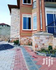 Three Bedroom Duplex House In Bugolobi For Rent | Houses & Apartments For Rent for sale in Central Region, Kampala
