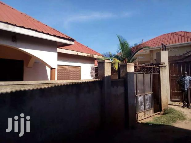 Archive: Family House On Sale