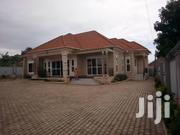 Houae on Sell Along Entebbe Road Bwebajja   Houses & Apartments For Sale for sale in Central Region, Kampala