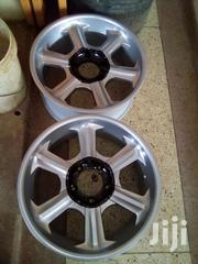 Land Cruiser V8 Lexus V8 Rims Size 20"