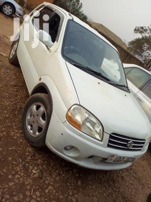 Suzuki Swift 2002 White
