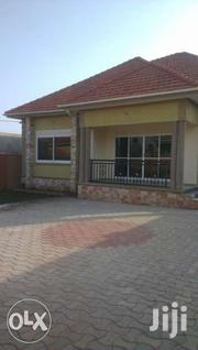 3bedroom Home +2 Servants Quarter In Kira Mamerito Road  | Houses & Apartments For Sale for sale in Central Region, Kampala