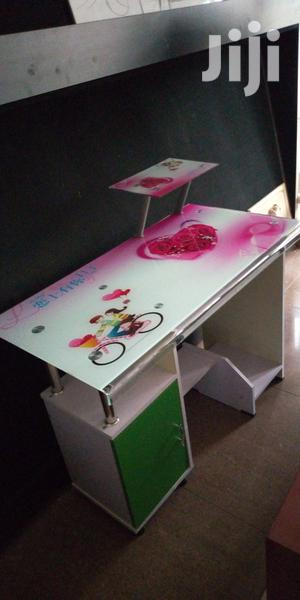 Reading Table For Girls