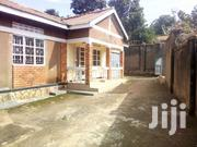 Stand Alone Home In Fence  1 Million Rent Makindye Near Majestic Court | Houses & Apartments For Rent for sale in Central Region, Kampala