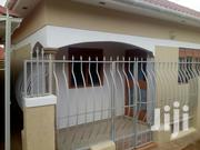 Two Bedrooms House for Rent in Zana 600k | Houses & Apartments For Rent for sale in Central Region, Kampala