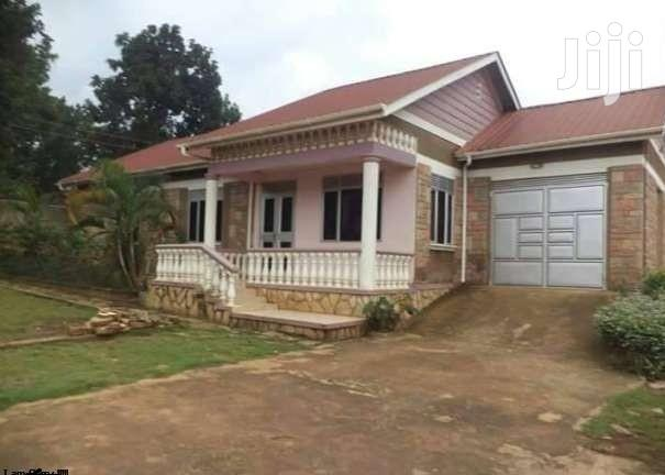 Archive: Najjera Modern Three Bedroom Standalone House for Rent at 800K