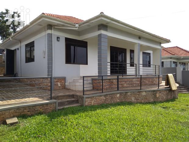 Archive: Kira Three Bedroom Standalone Is Available for Rent