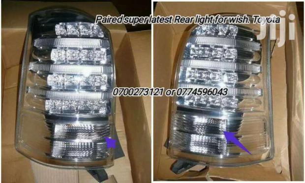 SUPER TOYOTA WISH REAR LIGHT