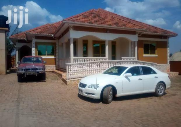 Archive: Najjera Three Bedroom Standalone Is Available for Rent