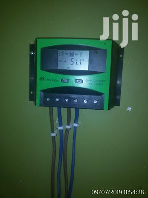 Solar Charge Controller Digital