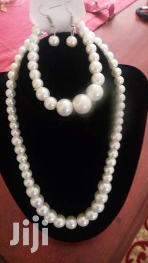 White Faux Pearl Necklace With Bracelet Set