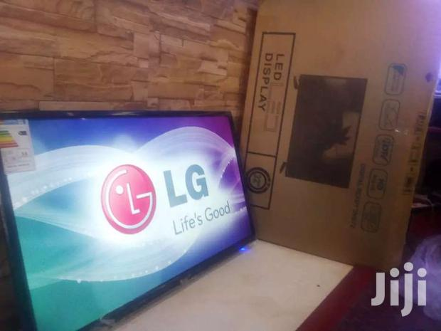 32 Inches Led Lg Flat Screen Digital